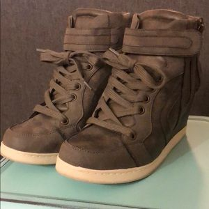 Taupe Candie's Wedge Sneakers